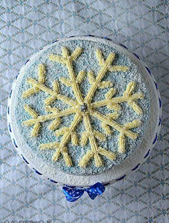 tort płatek śniegu, tort z płatkiem śniegu, niebieski tort, kraina lodu, tort zimowy, mus malinowy, krem czekoladowy