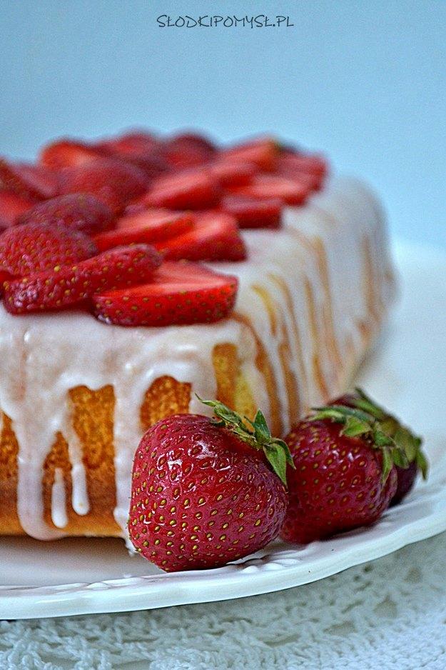 ciasto z mąką ryżową, ciasto z mąki ryżowej, bezglutenowe ciasto, ciasto ucierane, pound cake, gluten free