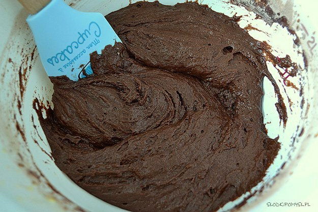 czekoladowe ciasto z cukinią, ciasto z cukinią, cukinia, czekolada,