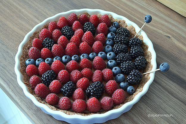 tarta biedronka bez glutenu, bezglutenowa tarta czekoladowa, tarta czekoladowa, czekolada, mleczko kokosowe, śmietanka kokosowa, tarta bez glutenu, tarta z owocami,