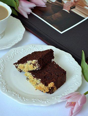 czekoladowe ciasto z bananami, ciasto z bananami, ciasto czekoladowe, kruszonka, ciasto z kruszonką,