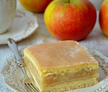 szarlotka, jabłecznik, ciasto kruche z jabłkami, mus jabłkowy, najlepsza szarlotka, ciasto z jabłkami