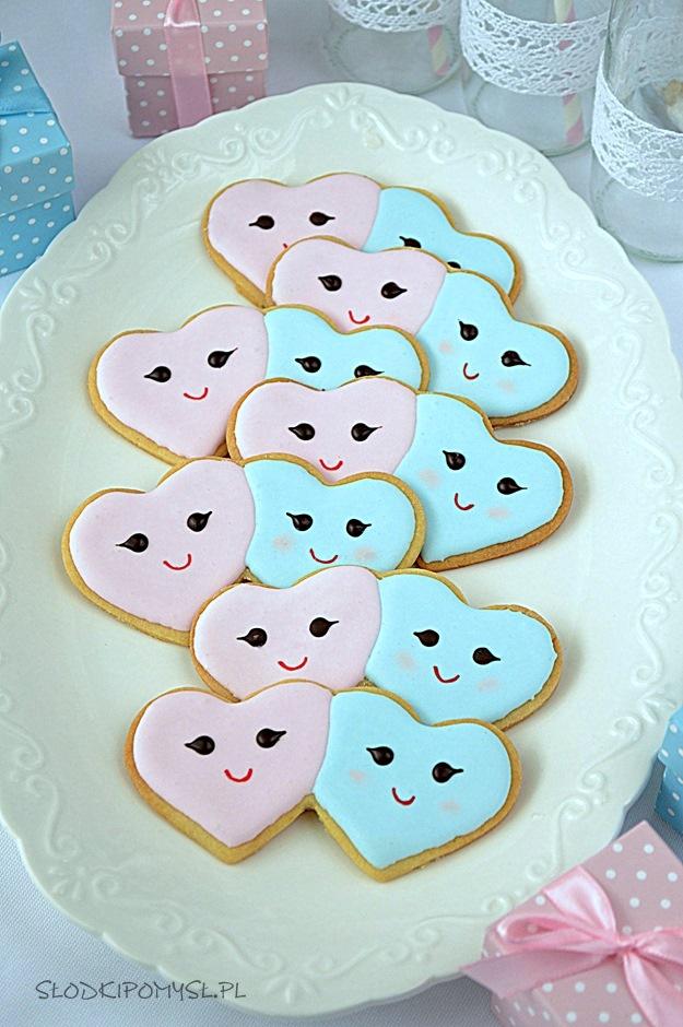 ciasteczka dwa serca, ciasteczka dwa serduszka, ciasteczka serca, ciasteczka z lukrem, maślane ciasteczka, ciasteczka na walentynki,