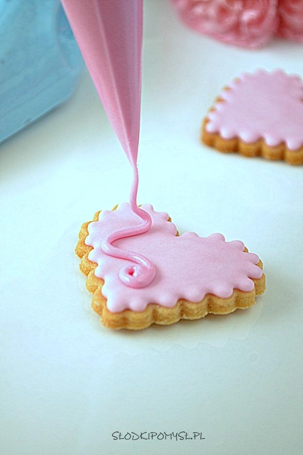 lukier do ciastek, lukier z białkiem w proszku, lukier na białku w proszku, lukier królewski, royal icing, lukier do dekorowania ciastek,