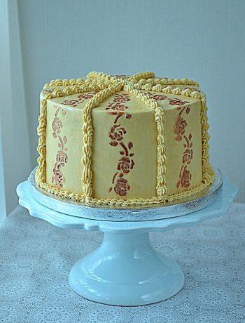 tort orzechowy, tort z orzechami, krem orzechowy, orzechowy tort, biszkopt orzechowy