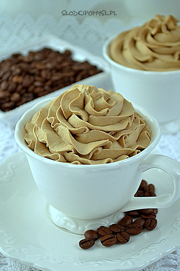 krem kawowy, krem z kawą, krem o smaku kawy, krem z kawą rozpuszczalną,