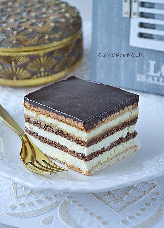 proste ciasto bez pieczenia, ciasto Słodka Renatka, szybkie ciasto z kajmakiem, ciasto z krakersami, sernik bez pieczenia,