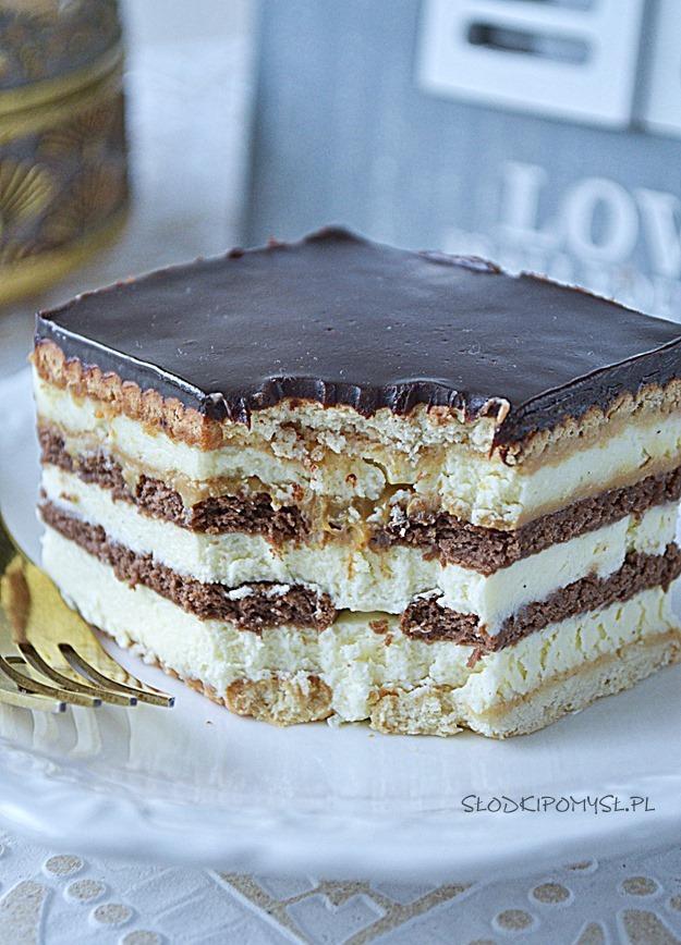 szybkie ciasto z kajmakiem, ciasto Słodka Renatka, ciasto z krakersami, sernik bez pieczenia,